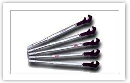 工作扳手采用优质钢材制造,可拧紧?16-?40MM的钢材,使用方便,拧紧快捷,是钢筋现场施工的必备工具